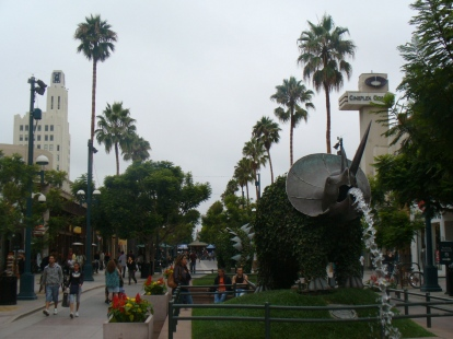 Santa Monica Shopping area