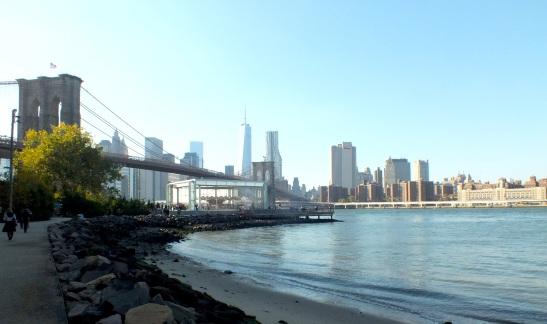 Manhattan and the Brooklyn Bridge seen from Brooklyn