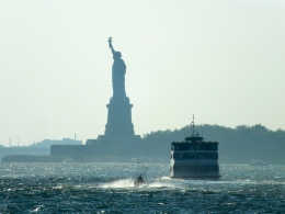 Beautiful bay view with the Statue of Liberty as a backdrop