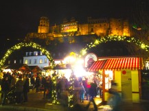 There is no better backdrop for a Christmas market then the historical Heidelberg Castle!
